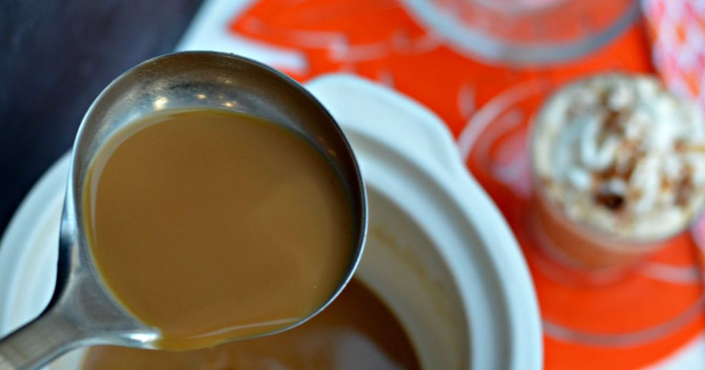 Pumpkin Spice slow cooker latte