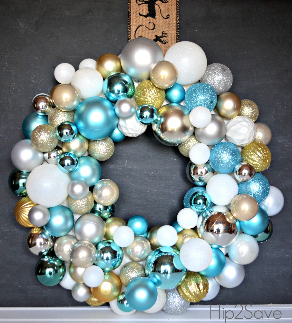 Ornament wreath Hip2Save
