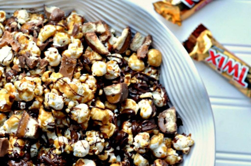 Twix caramel popcorn in a bowl