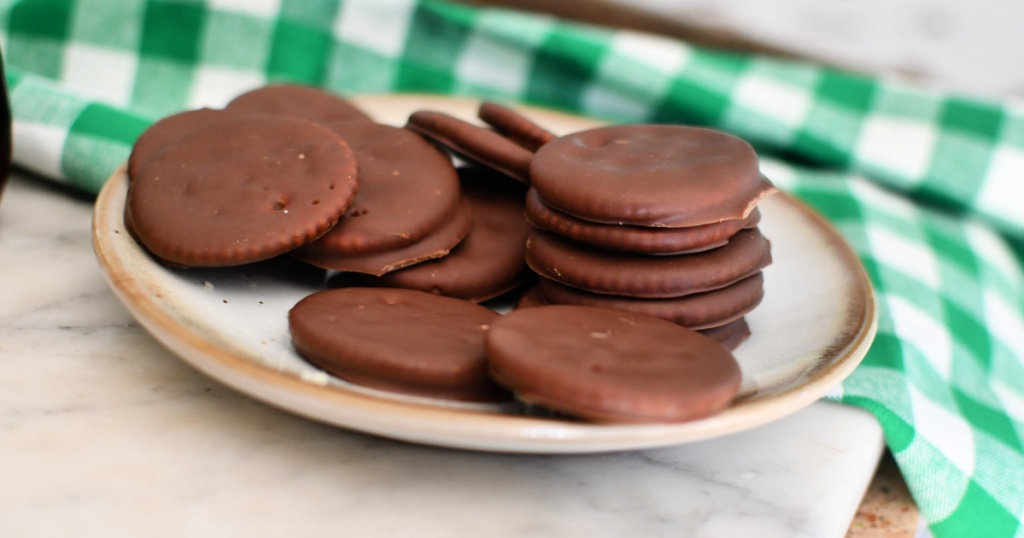 plate of diy thin mints