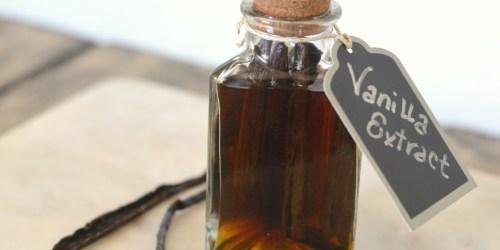Homemade Vanilla Extract (Just 2 Ingredients)