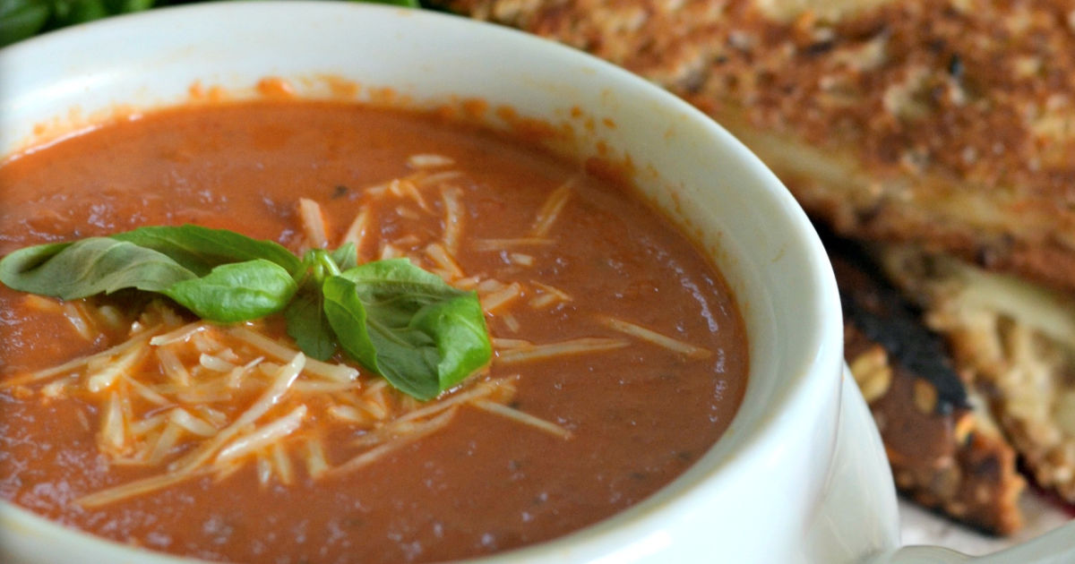 tomato basil soup recipe – closeup of the soup in a bowl