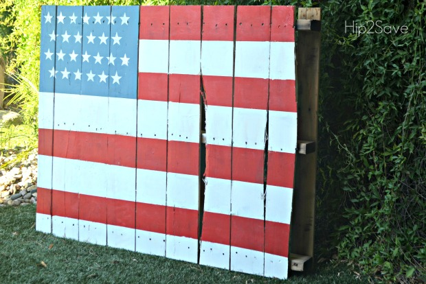 Painted Pallet American Flag for 4th of July
