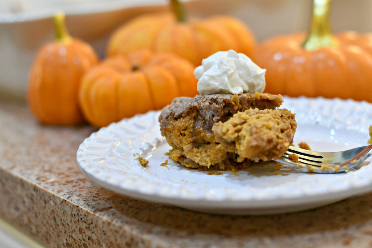 easy pumpkin dump cake recipe