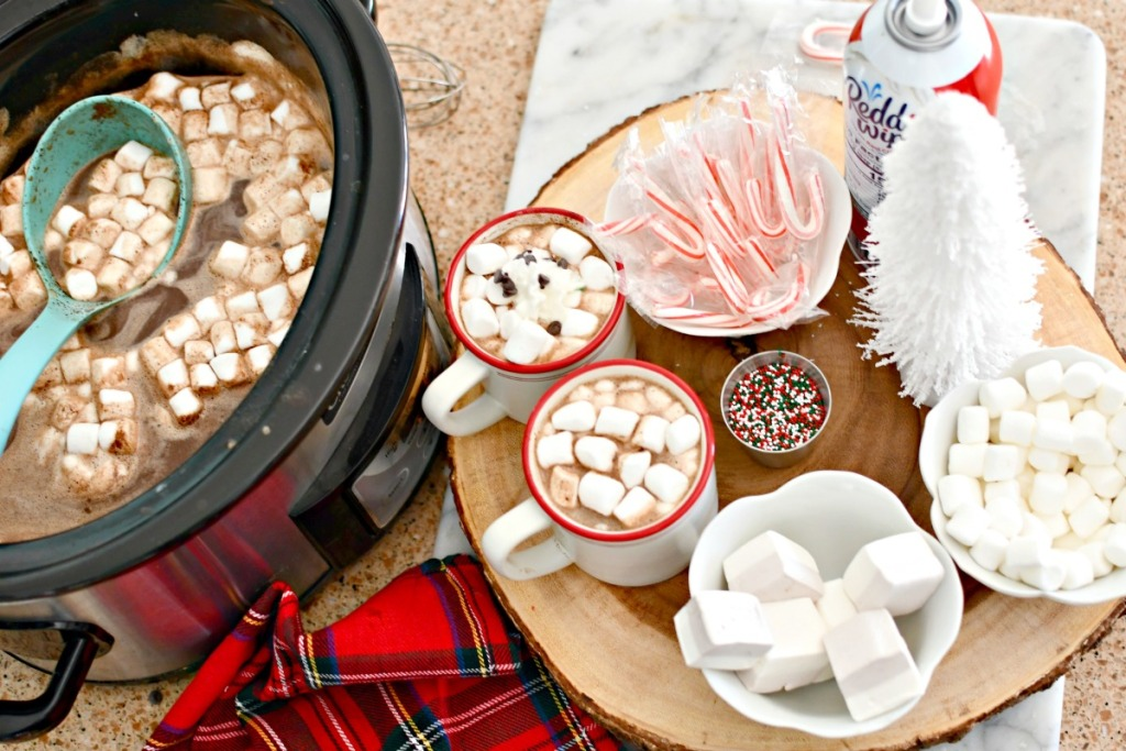 slow cooker hot cocoa bar with toppings