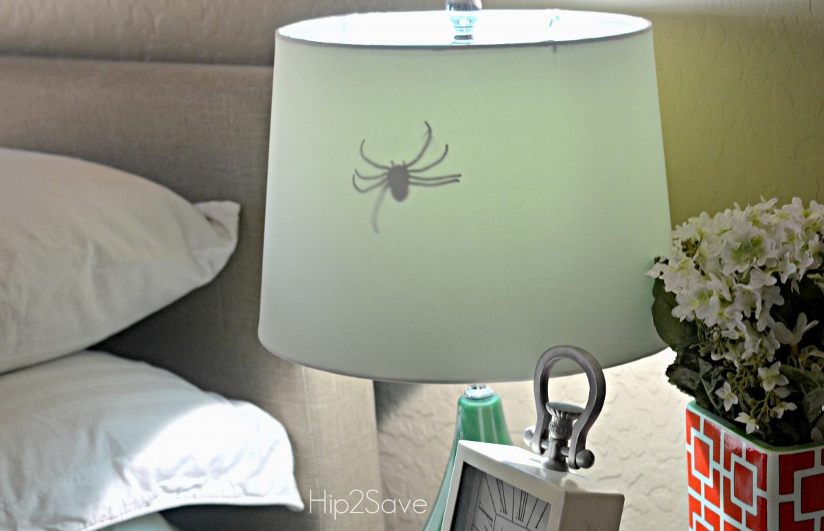 spider inside a lamp as a prank
