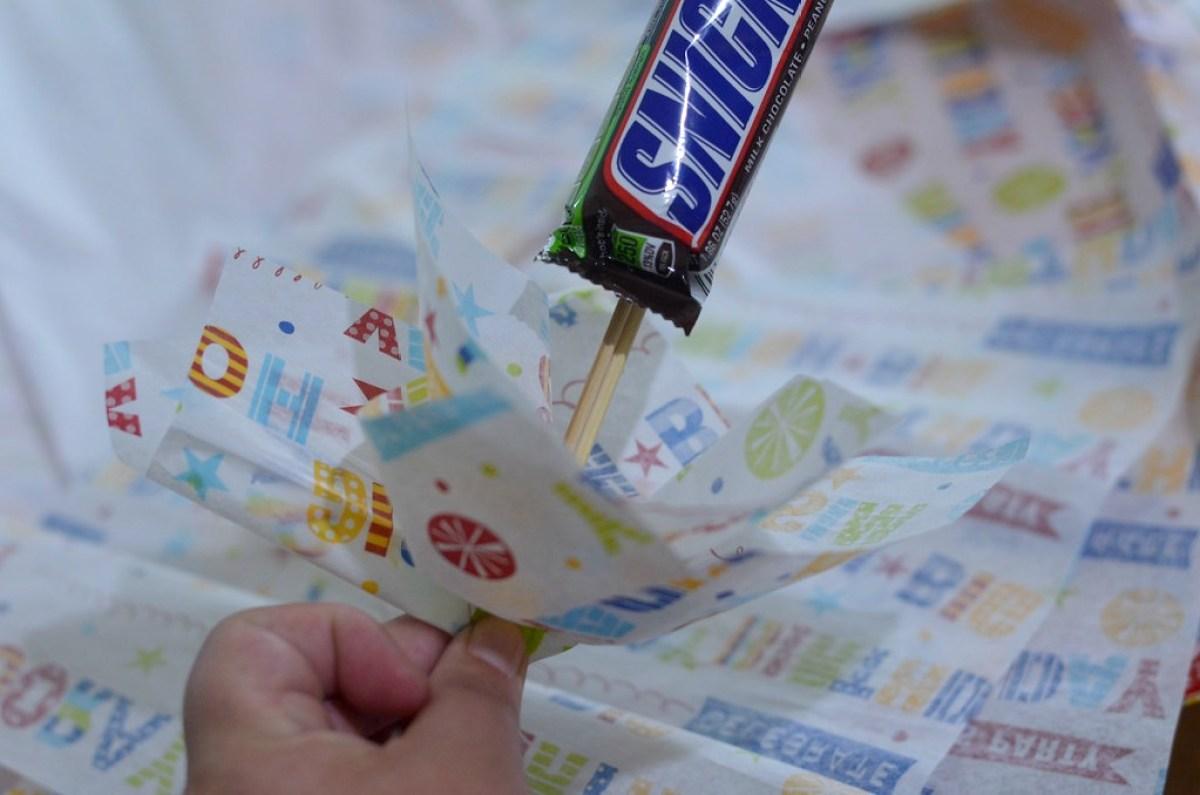making a candy box gift