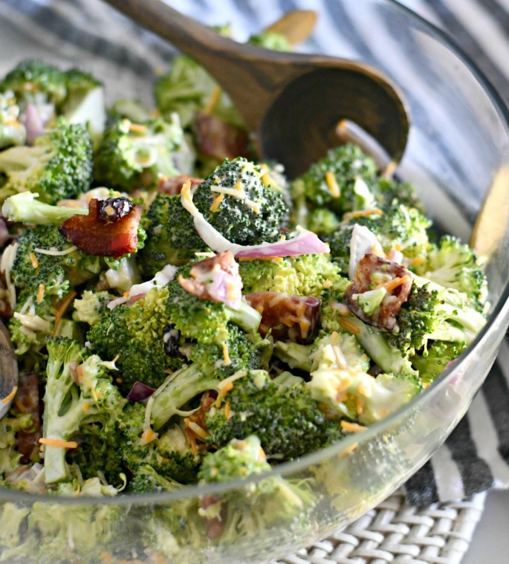 bowl of bacon brocoli salad