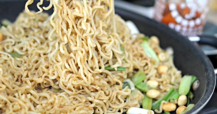 Ramen Noodles with Peanut Sauce
