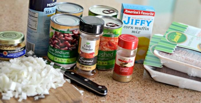 easy-chili-cornbread-casserole
