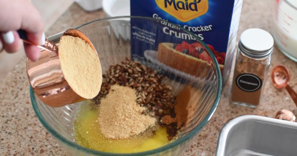 making a pecan crust