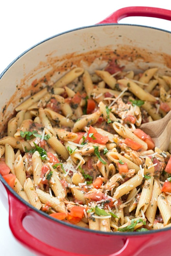 20 minute tuscan chicken with penne pasta