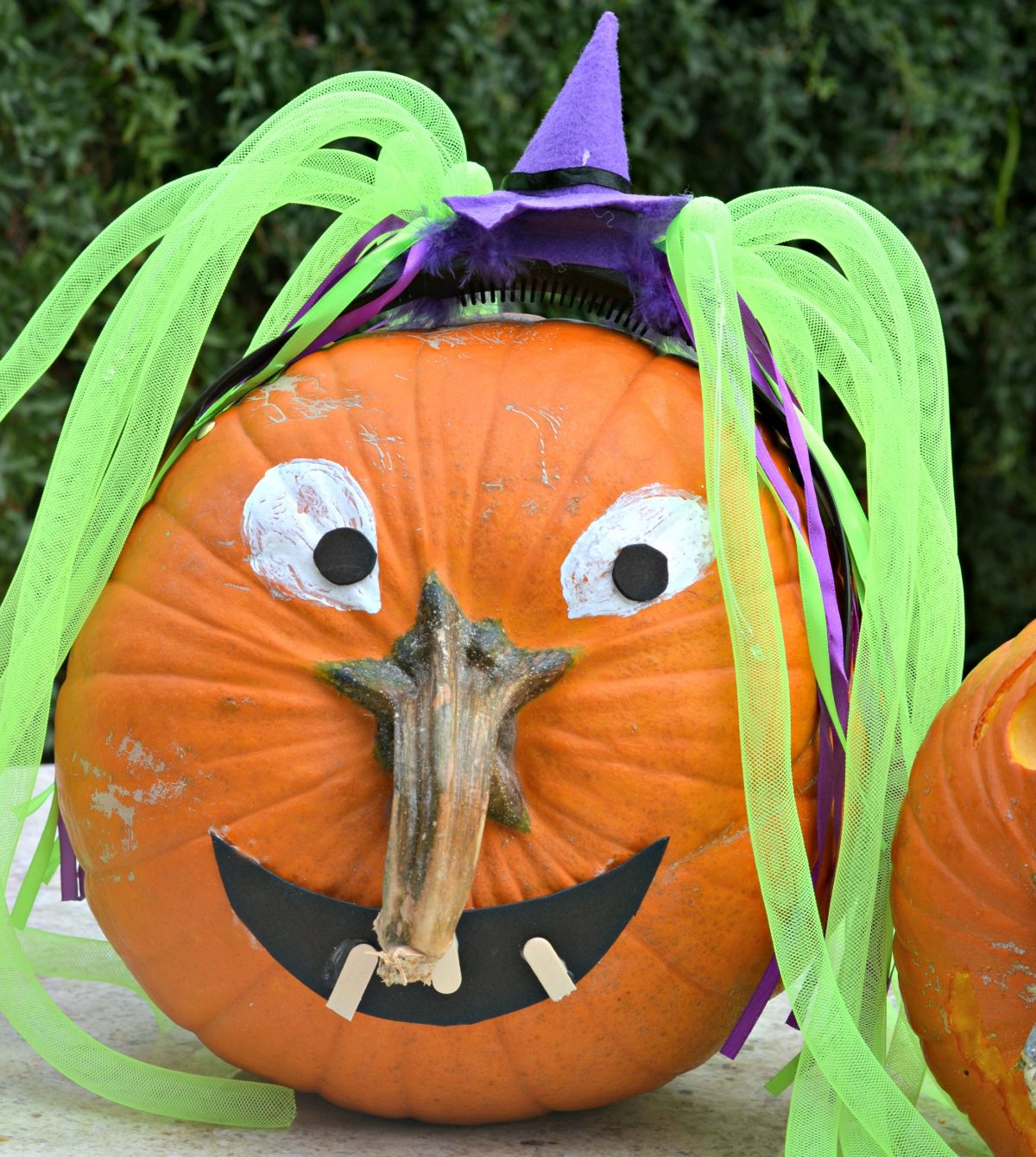 This Pumpkin Decorating Idea Is Genius Use The Stem As The Nose