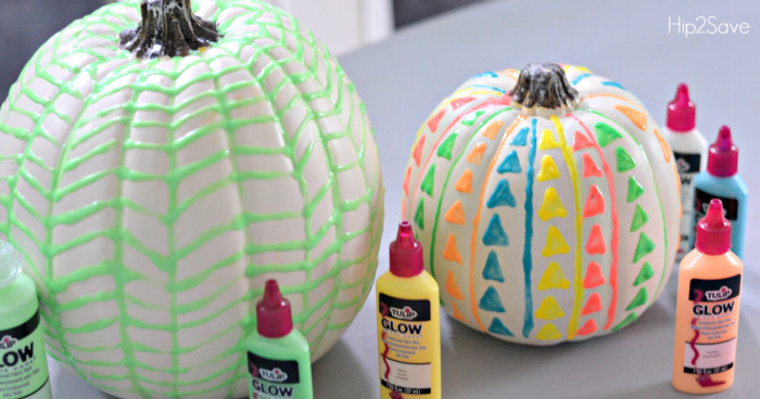 glow-in-the-dark-puffy-paint-pumpkins