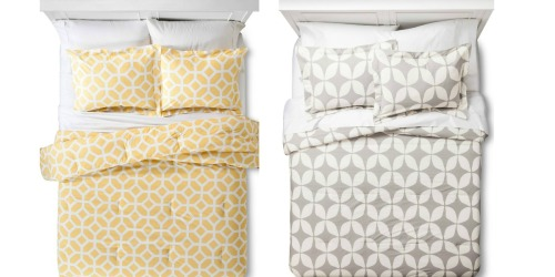 Target: 30% Off Bedding = 3-Piece Full/Queen Size Comforter Sets Only $24.48 (Regularly $69.99)