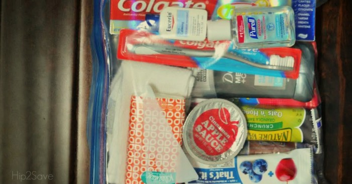 """Make DIY """"Blessing Bags"""" for People who are Homeless"""