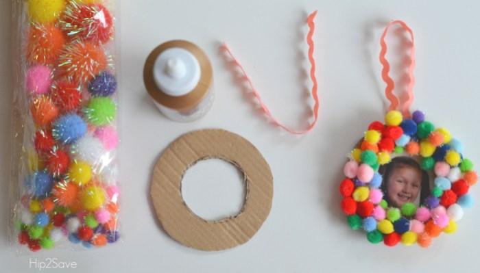 easy-pom-pom-frame-ornaments
