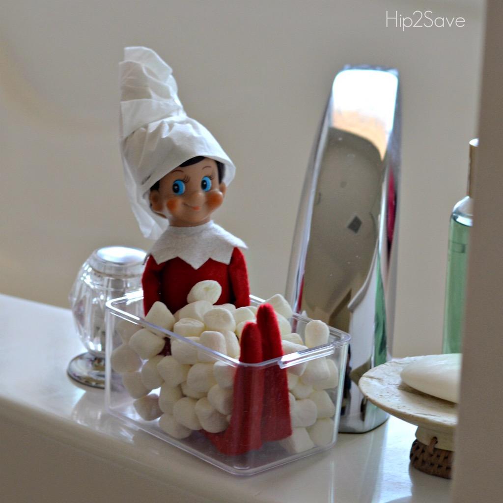 elf-on-the-shelf-taking-a-bath