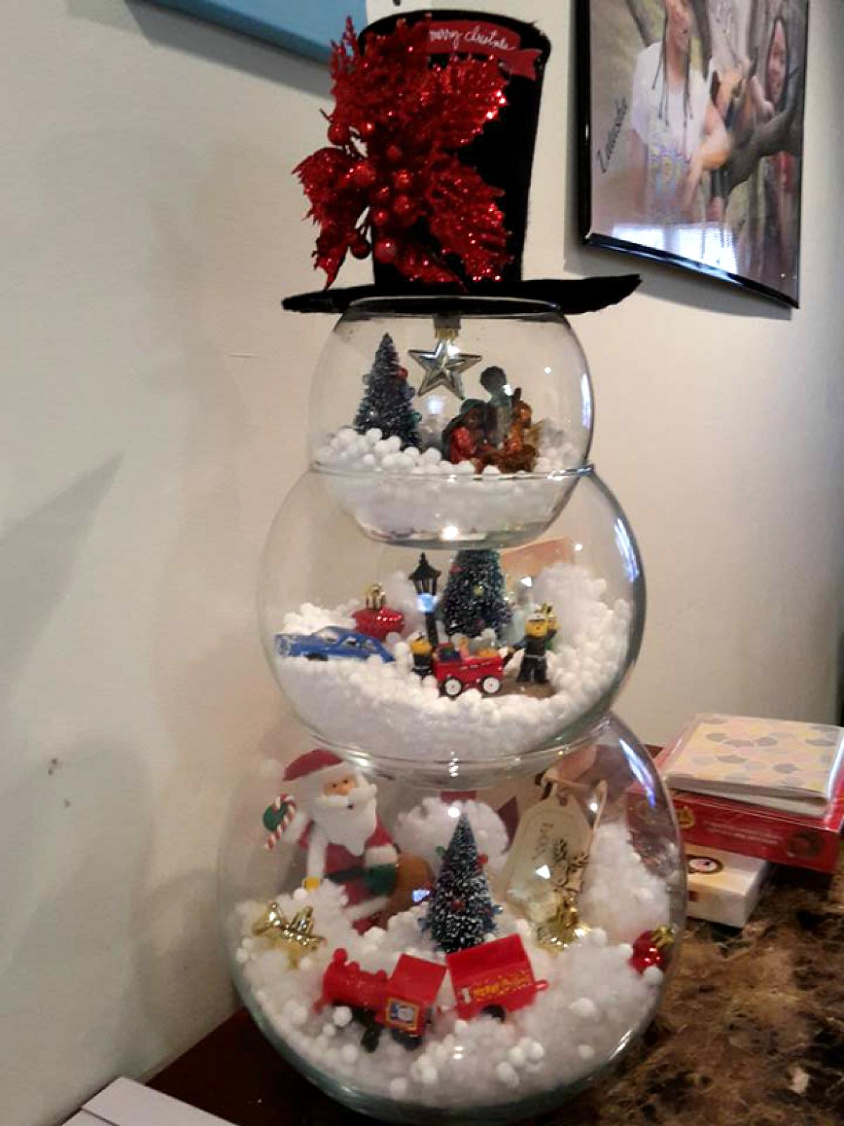 12 Simple DIY Christmas Decorations & Craft Ideas - Hip2Save