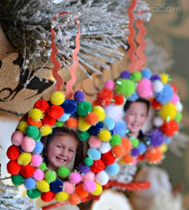 pom-pom-frame-ornaments