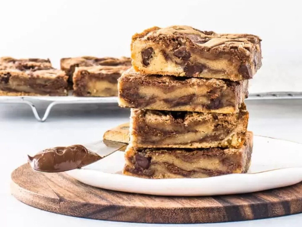 Nutella swirl bars stacked plate
