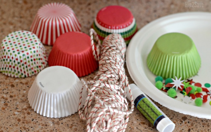 suppies-to-make-cupcake-liner-ornaments