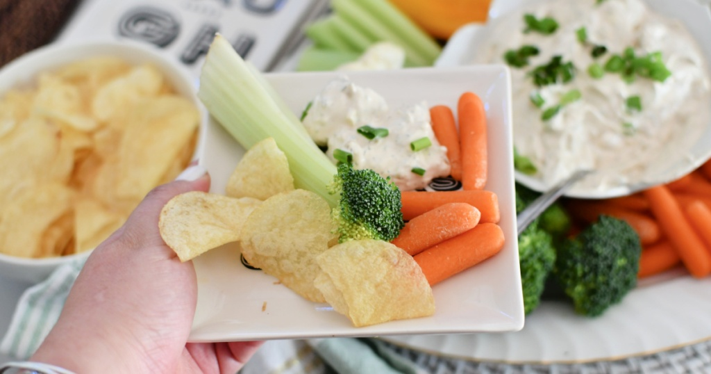 appetizer plate with onion dip