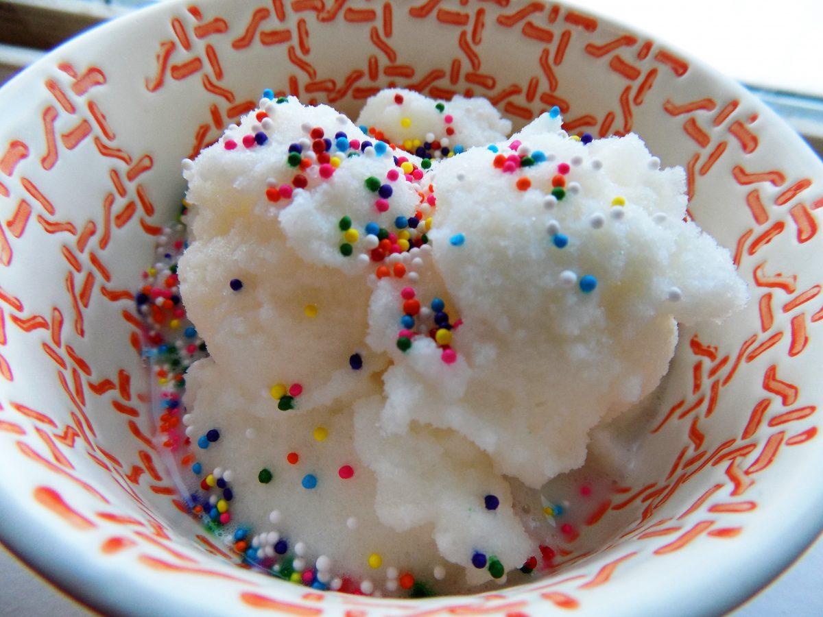 5 ingredient Snow Ice Cream