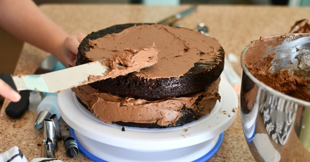 frosting a double layer chocolate cake