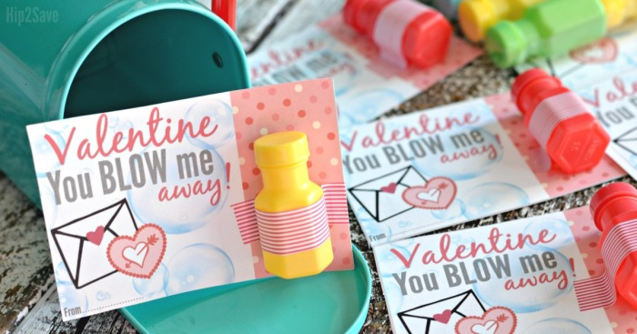 "Mini Bubbles ""You Blow Me Away!"" FREE Printable Valentine's Day Idea"