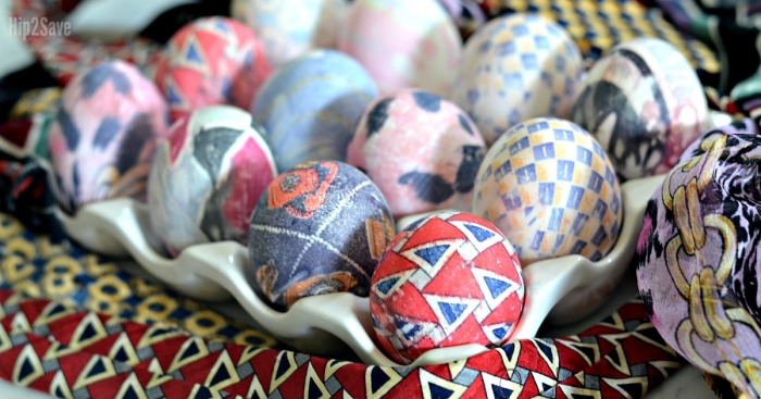 How to Dye Easter Eggs Using Silk