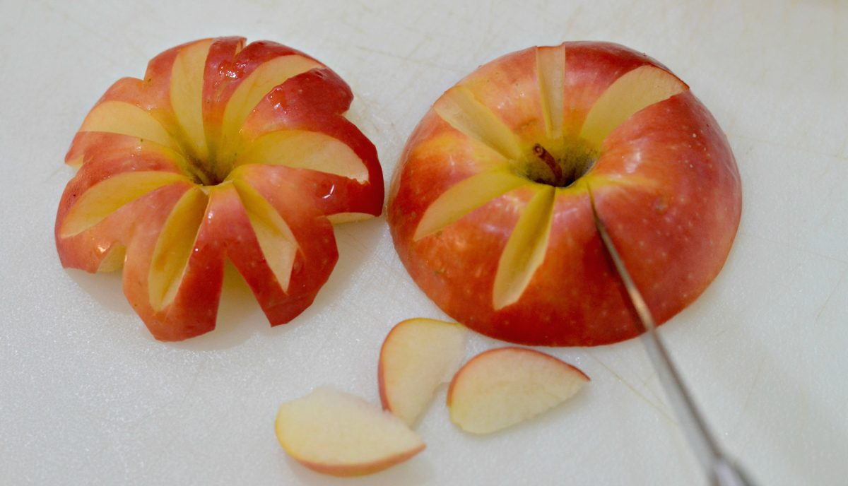 cutting apples into shapes