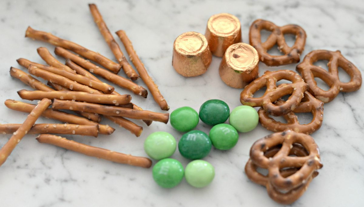 easy st. patrick's snacks 4-ingredient shamrocks