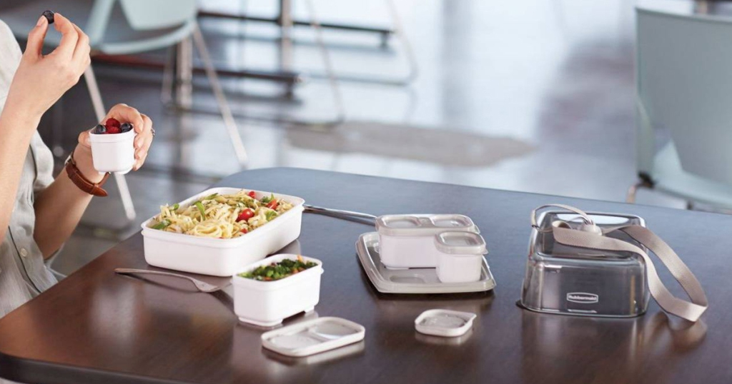 Rubbermaid Lunch Container