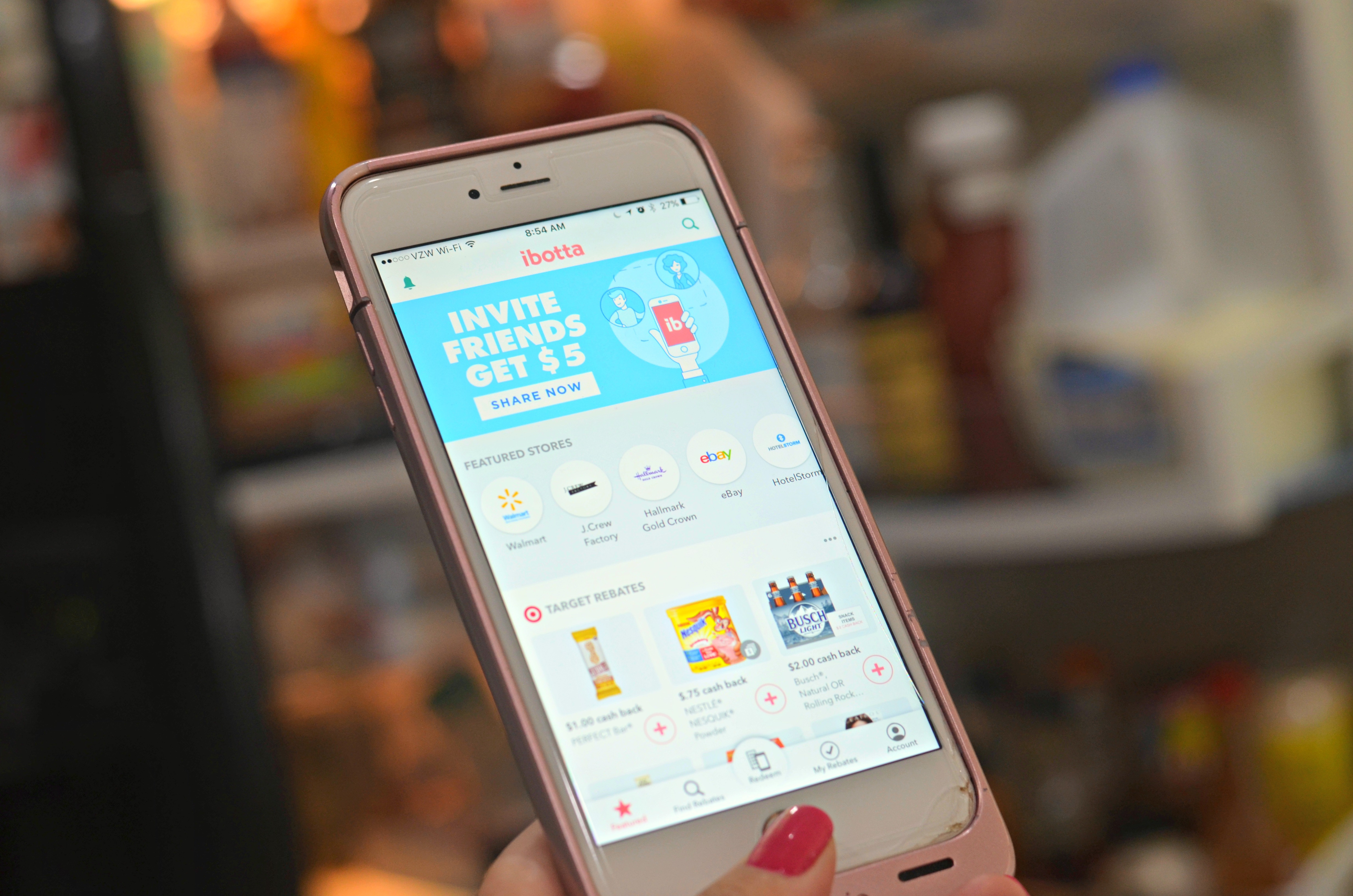 shop and earn rewards with these free mobile apps — Ibotta screen
