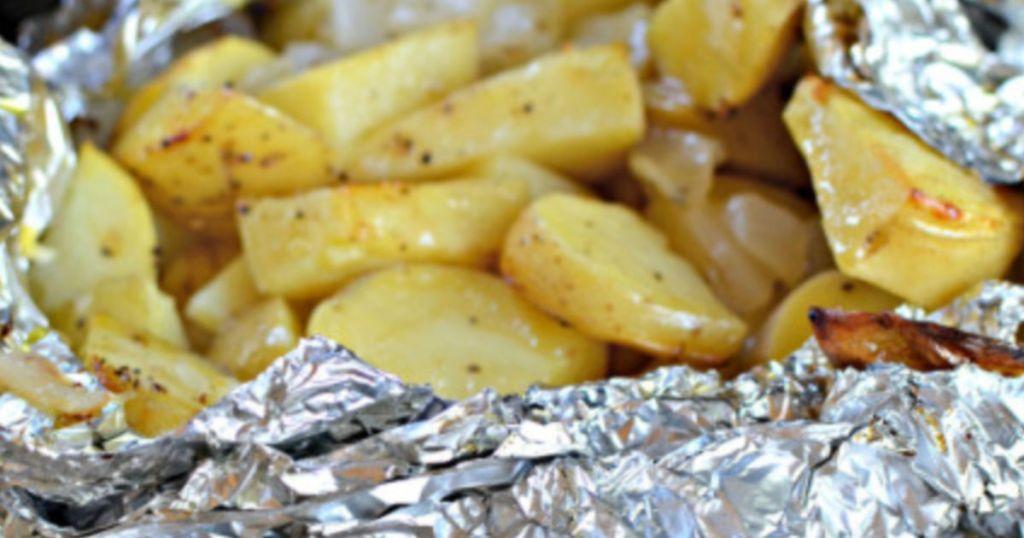grilled potato in foil