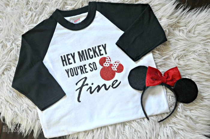 How Cute Are These Shirts Grab Your Cricut Machine You Can Make