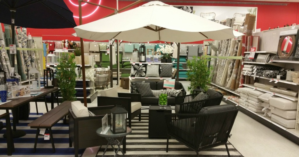 Through April 21st Target Is Offering An Additional 15 Off Select Outdoor Furniture Cushions Pillows Rugs Lighting When You Use Promo Code At