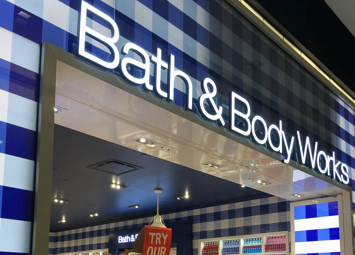 16 secrets for saving big at bath & body works – Bath & Body Works storefront