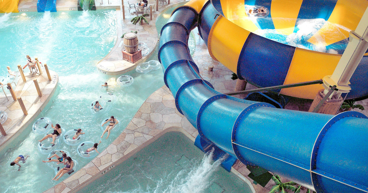 13 tips for your great wolf lodge vacation | giant slide and pool