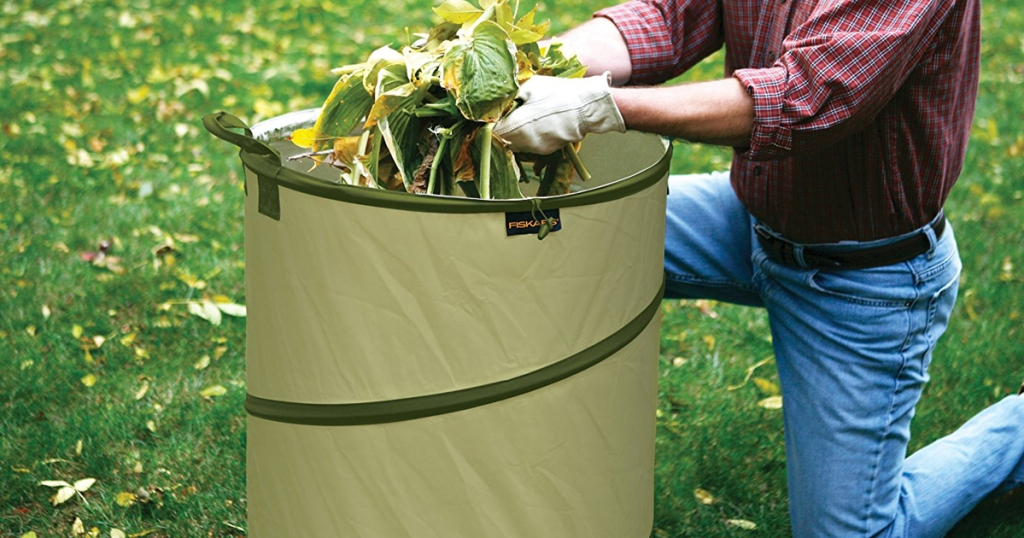 Head On Over To Where They Are Offering Up This Fiskars 30 Gallon Hardshell Bottom Kangaroo Garden Bag For Only 12 23 Regularly 18 34 When