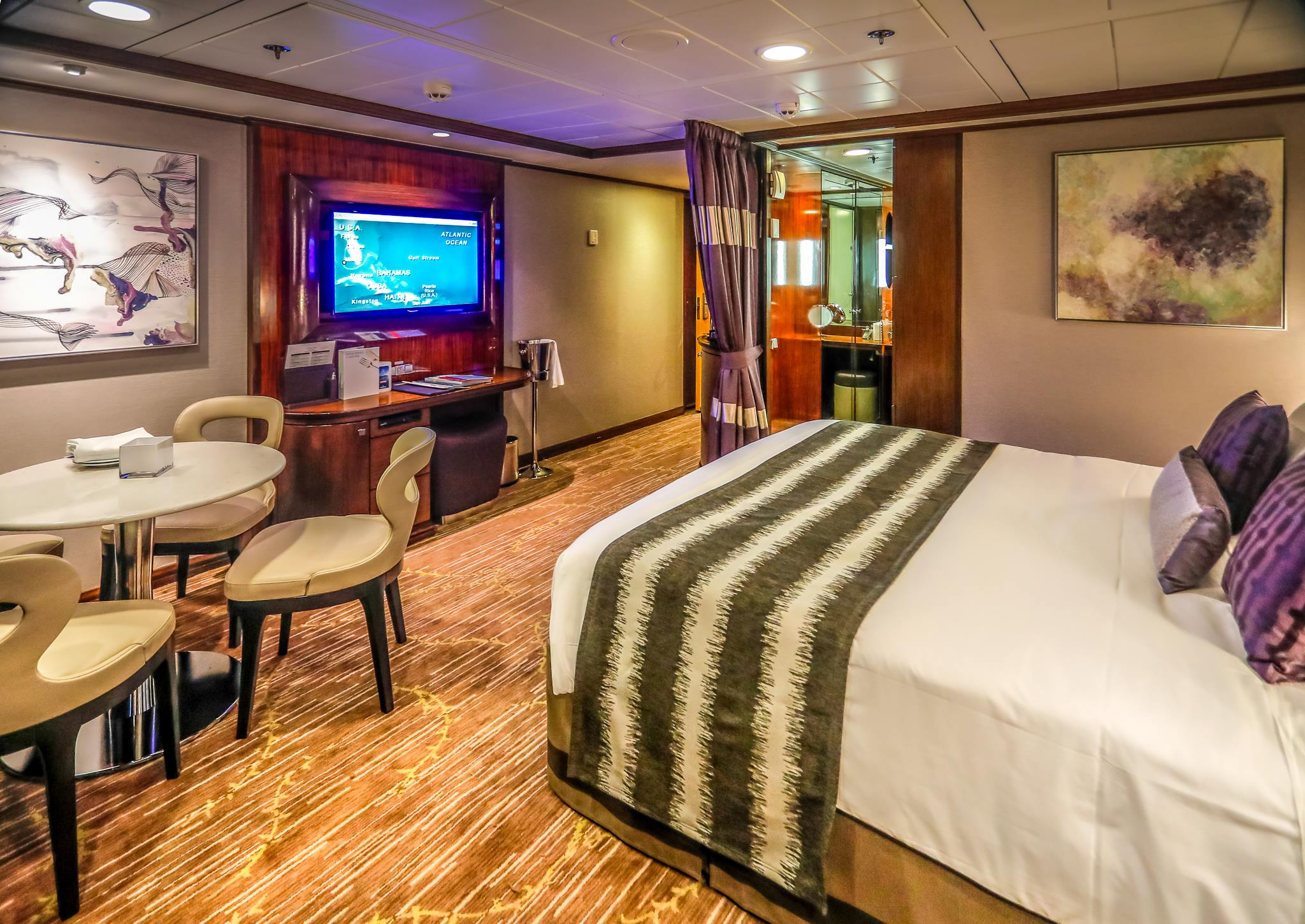 25 Tips to Save BIG on Your Next Cruise - Cruise Inner rooms