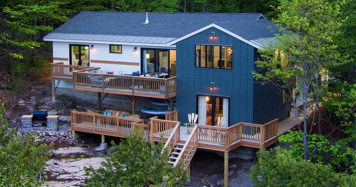 Head On Over Here To Enter The Diy Network 2017 Ultimate Retreat Giveaway For A Chance Win 2 Bedroom Bathroom Private Waterfront House Located