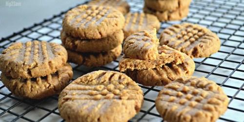 Gluten-Free Peanut Butter Cookies Recipe (Only 3 Ingredients)