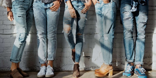 American Eagle Outfitters: Men's & Women's Jeans ONLY $19.99 (Regularly $60+)