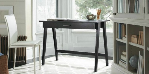 Target.com: Threshold Desk Only $79.19 Shipped (Regularly $109.99) – Great for Dorm Rooms