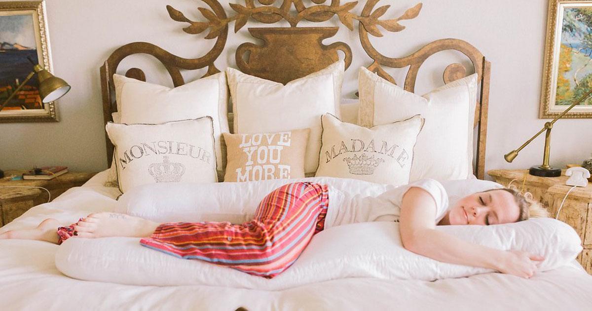 Amazon: U-Shaped Body Pillow Just $35.87 Shipped (Great