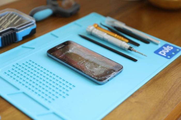 Got a Cracked Cell Phone? Get it Repaired Without Leaving