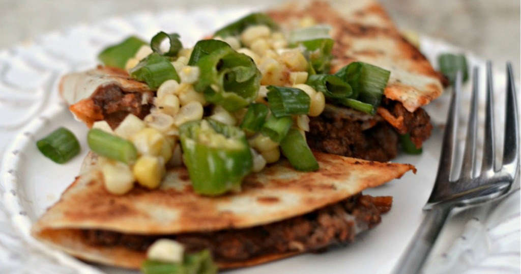 quasadilla with ground beef and corn