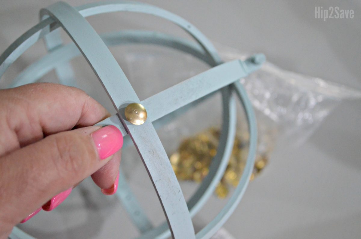diy farmhouse style orbs using embroidery hoops – adding thumbtacks